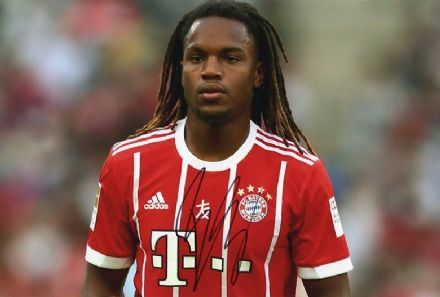 Renato Sanches, Bayern Munich & Portugal, signed 12x8 inch photo.
